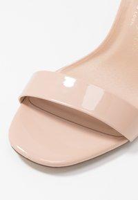 New Look Wide Fit - WIDE FIT VARONA - Sandaler med høye hæler - oatmeal - 2