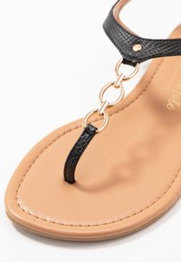 New Look Wide Fit - WIDE FIT HOXTON - T-bar sandals - black - 2