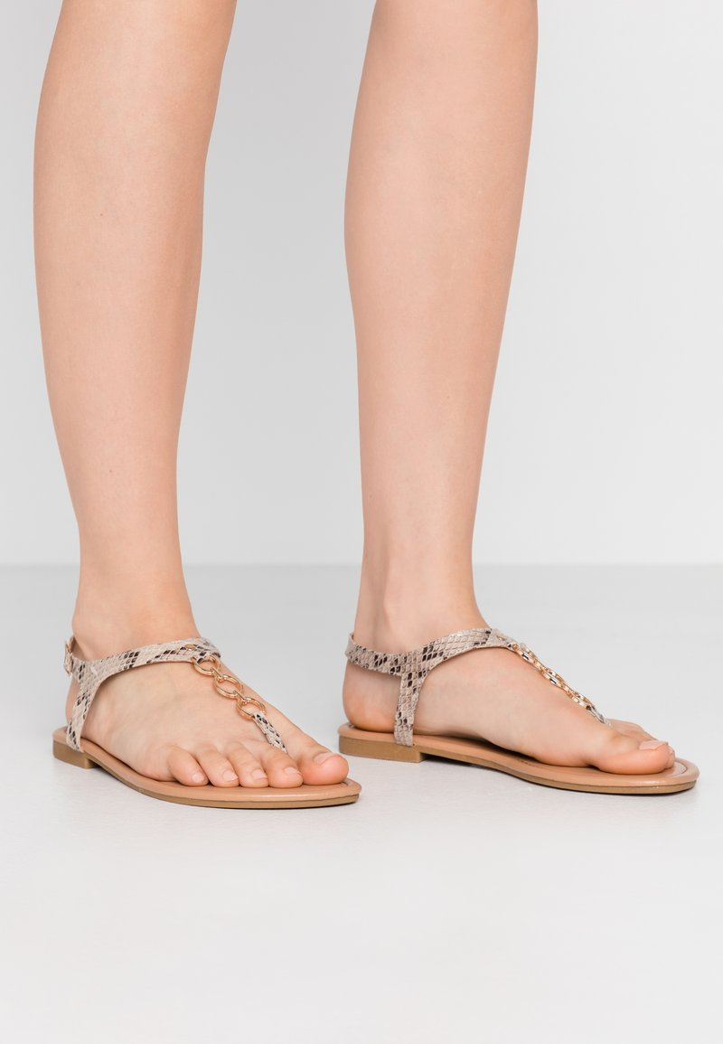 New Look Wide Fit - WIDE FIT HOXTON - T-bar sandals - stone