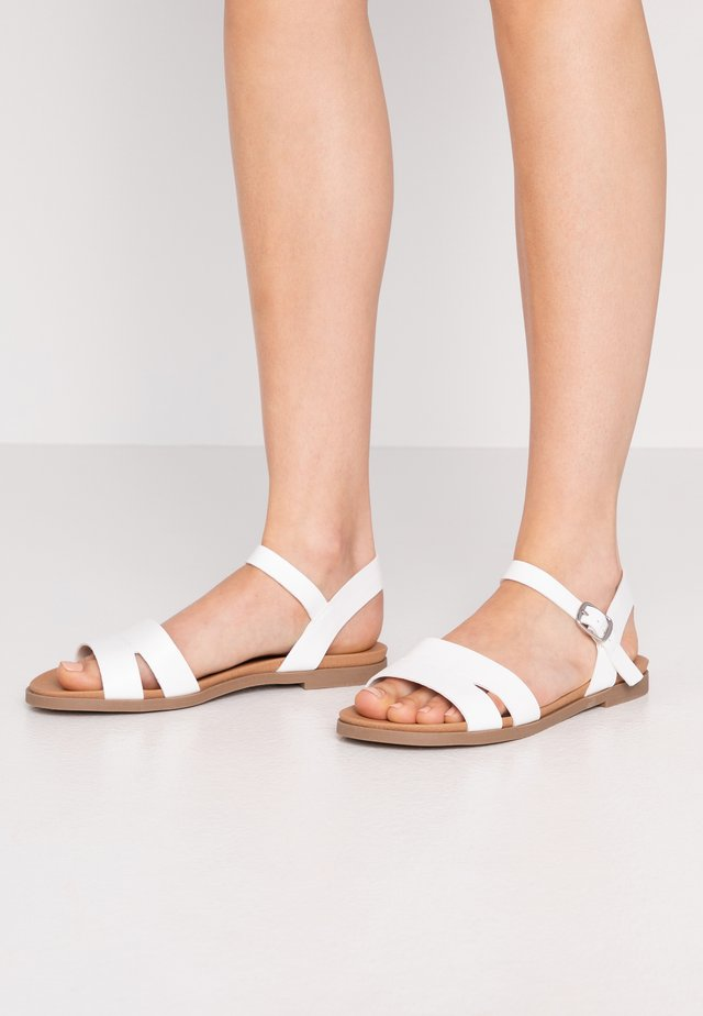 WIDE FIT GREAT - Riemensandalette - white