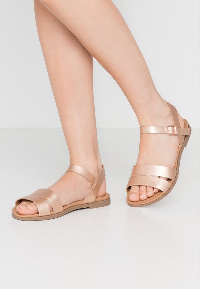 WIDE FIT GREAT - Sandalias - rose gold