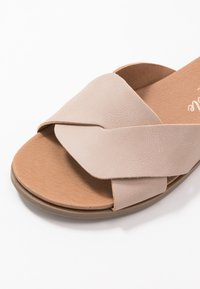 New Look Wide Fit - WIDE FIT HOLLIE COMFY FOOTBED MULE - Pantofle - oatmeal - 2