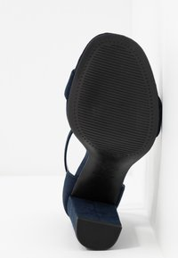 New Look Wide Fit - WIDE FIT VARONA - Sandalias de tacón - dark blue - 6