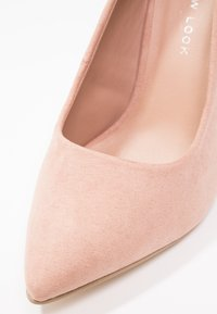 New Look Wide Fit - WIDE FIT SCOOP - Zapatos altos - oatmeal