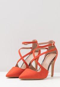 New Look Wide Fit - WIDE FIT RAPS - Zapatos altos - orange - 4