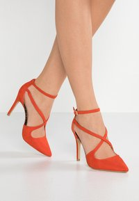 New Look Wide Fit - WIDE FIT RAPS - Zapatos altos - orange - 0