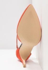 New Look Wide Fit - WIDE FIT RAPS - Zapatos altos - orange - 6