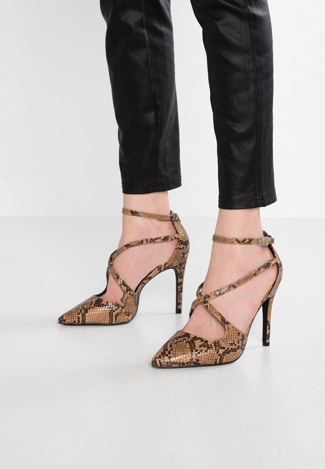 WIDE FIT - High Heel Pumps - brown