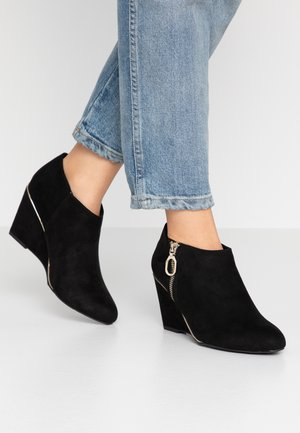 WIDE FIT RIPING - Ankle Boot - black