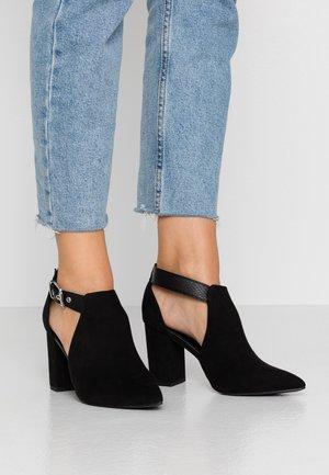 ZING - Kotníková obuv - black