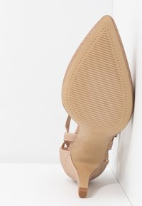 New Look Wide Fit - WIDE FIT SPARKLE - Classic heels - rose gold - 6