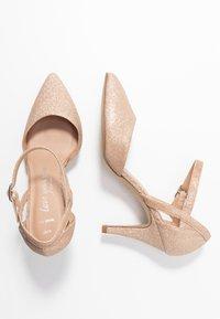 New Look Wide Fit - WIDE FIT SPARKLE - Klassieke pumps - rose gold - 3
