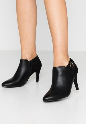 WIDE FIT T SMART - Ankle boots - black