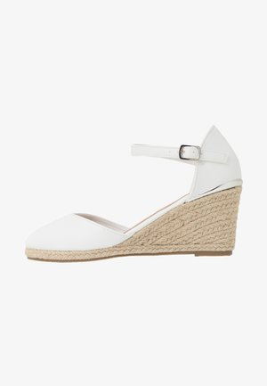 WIDE FIT SWIGGLE - Wedges - white