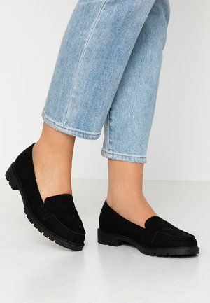 WIDE FIT JUNKER - Slip-ons - black