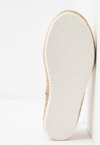New Look Wide Fit - WIDE FIT MARLETTA - Espadrilles - light pink - 6