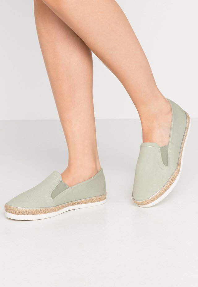 WIDE FIT MARLETTA - Espadrilles - mint green