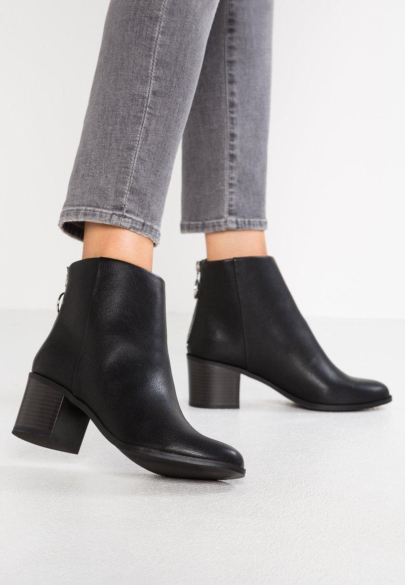 New Look Wide Fit - WIDE FIT DUDE - Kotníková obuv - black