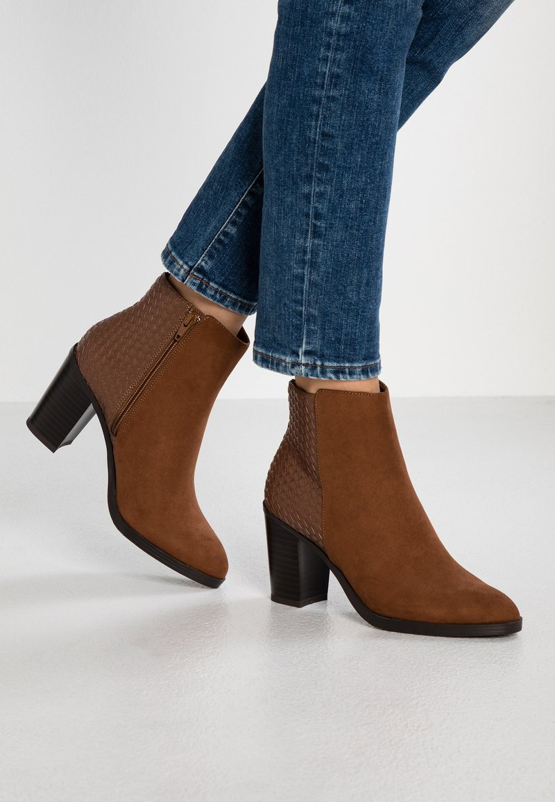New Look Wide Fit - WIDE FIT ETTLE - Ankle boots - tan