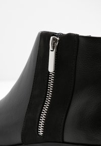 New Look Wide Fit - WIDE FIT DEIDRE - Ankle boots - black - 2