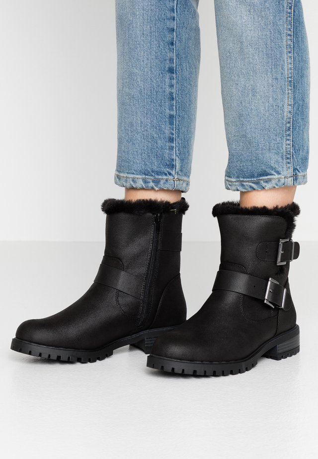 WIDE FIT DRAY - Cowboy/biker ankle boot - black