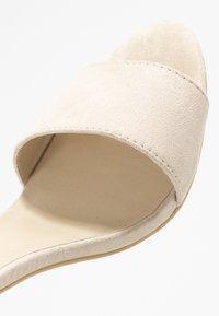 Nly by Nelly - BLOCK  - Sandaler med høye hæler - beige - 2