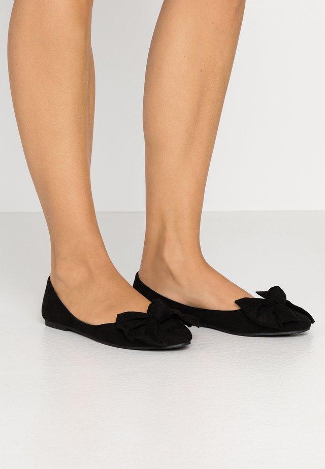 BOW  - Ballerinaskor - black
