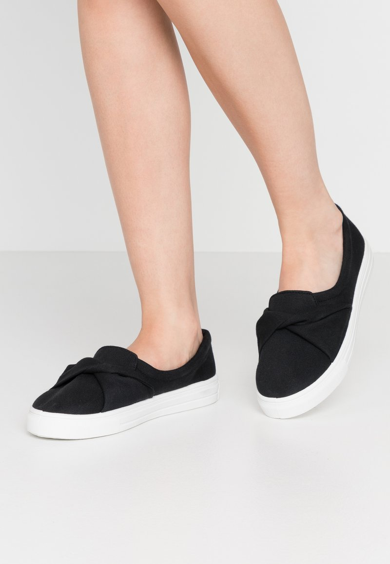 Nly by Nelly - TWIST  - Slippers - black