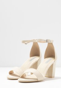 Nly by Nelly - BLOCK MID HEEL - Sandaler - beige - 4