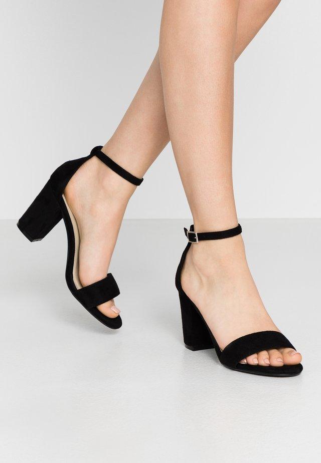BLOCK MID HEEL - Sandaalit nilkkaremmillä - black