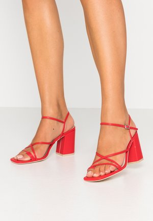 FLARED BLOCK  - High heeled sandals - red