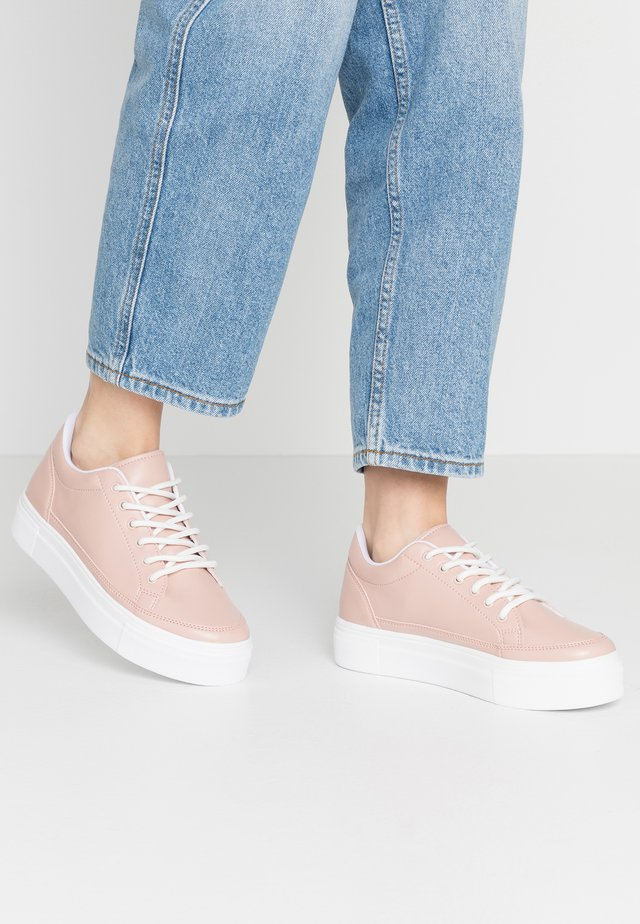 PERFECT PLATFORM - Sneakersy niskie - pink