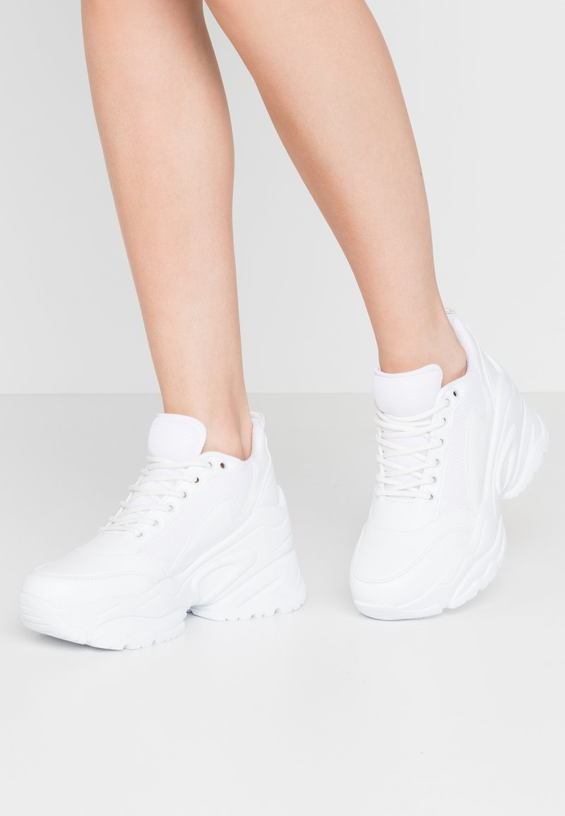 Nly by Nelly - FLY CHUNKY  - Sneakersy niskie - white