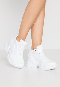 Nly by Nelly - FLY CHUNKY  - Trainers - white - 0