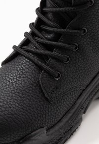 Nly by Nelly - HIGH SHAFT BOOT - Lace-up ankle boots - black - 2