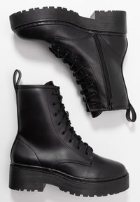 Nly by Nelly - PERFECT LACE BOOT - Platform ankle boots - black - 3