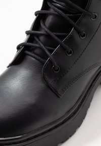 Nly by Nelly - PERFECT LACE BOOT - Platform ankle boots - black - 2