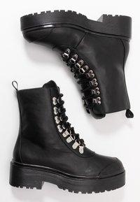 Nly by Nelly - CATCH'UP BOOT - Kotníkové boty na platformě - black - 3