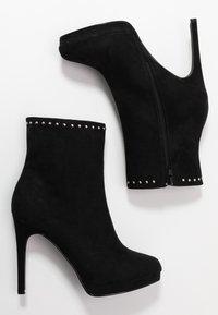 Nly by Nelly - STUDDED PLATFORM BOOT - Kotníková obuv na vysokém podpatku - black - 3