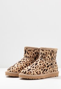 Nly by Nelly - Boots à talons - brown - 4