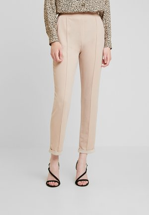 DRESSED TAILORED PANTS - Kangashousut - mushroom