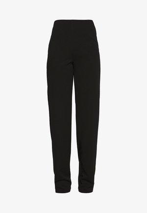 STRAIGHT PANT - Broek - black