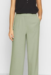 Nly by Nelly - MY FAVOURITE PANTS - Spodnie materiałowe - light green - 4