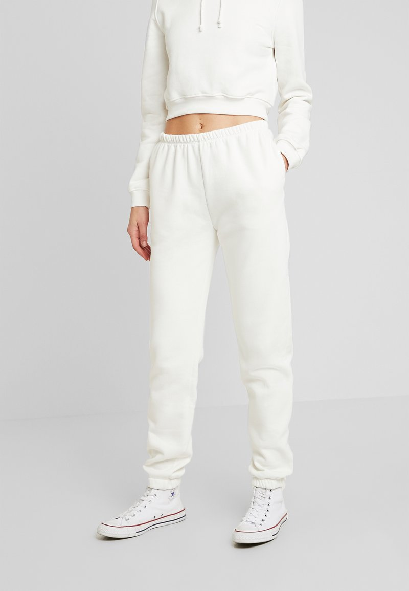 Nly by Nelly - COZY PANTS - Träningsbyxor - white