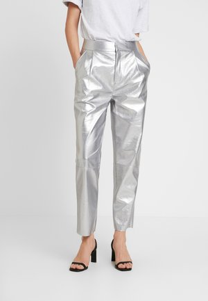 FREE PANTS - Spodnie materiałowe - silver