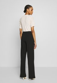 Nly by Nelly - DETAILED WIDE PANTS - Pantaloni - black - 2