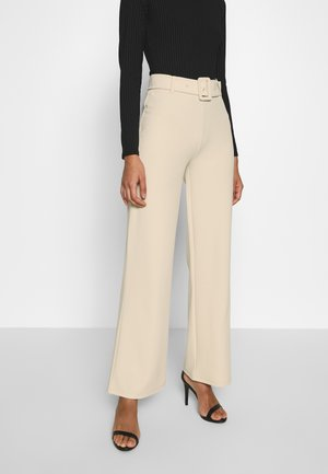 TAILORED BELT PANTS - Pantalones - beige