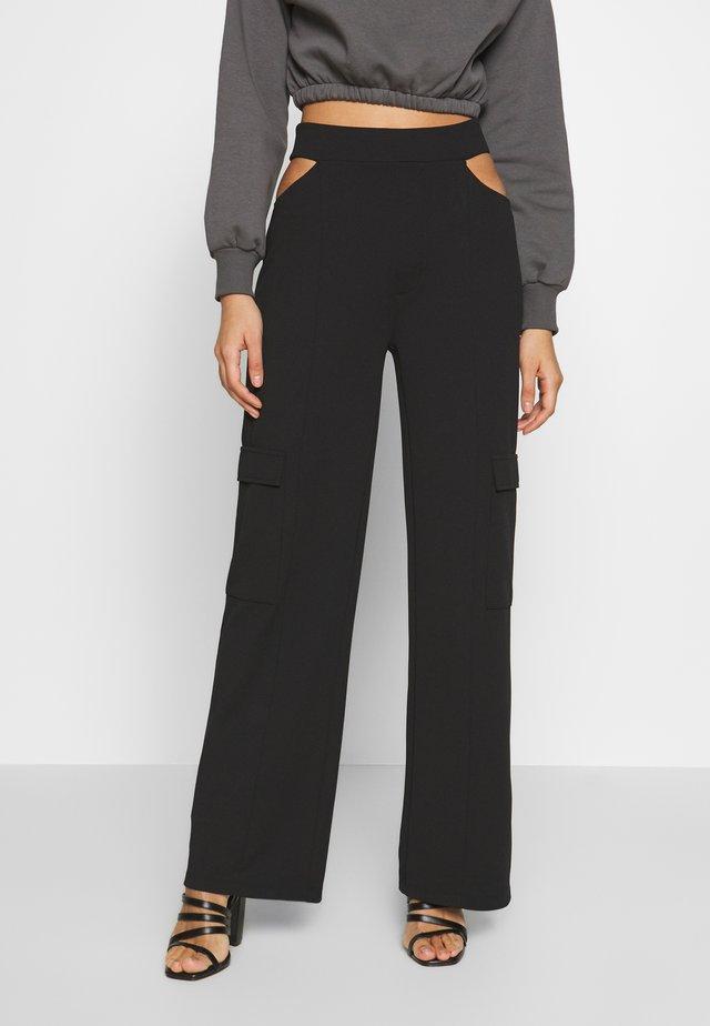 CUT OUT PANTS - Pantalon classique - black