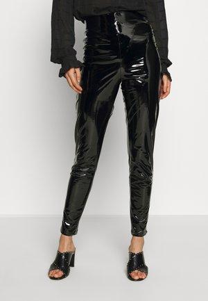 PANT - Pantalones - black
