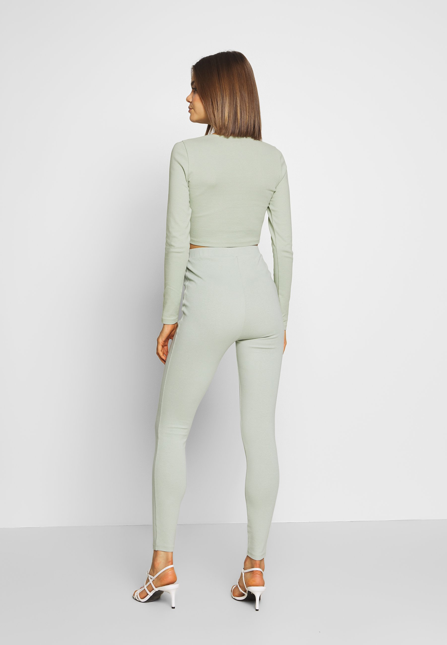 Nly by Nelly HIGH WAIST SET - Legginsy - pistage